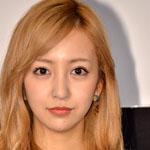 元AKB48の板野友美(ともちん)ってどこまで顔面整形すれば納得するの?横顔が崩壊中www